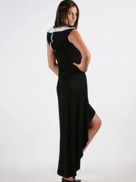 Спортно-елегантна рокля с качулка