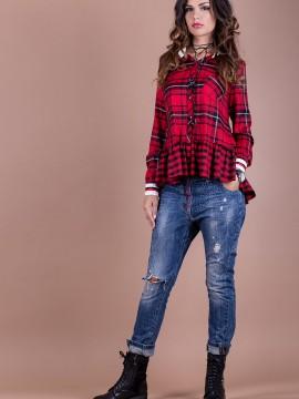 Дамска памучна риза в червено каре