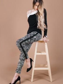 Дамски панталон в черно бял десен