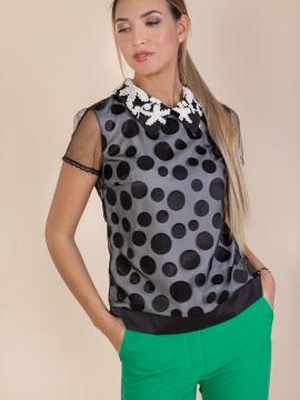 Дамска блуза на точки
