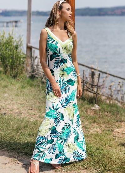 Дълга лятна рокля с тропически десен